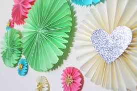 how to make paper fan decorations