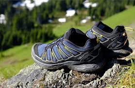 hiking shoes vs hiking boots pros u0026 cons and how to choose