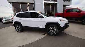 white jeep cherokee 2017 2017 jeep cherokee trailhawk bright white hw652074 mt vernon