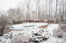 why you should start installing your pool in the winter