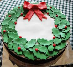 Designer Decorated Christmas Wreaths by 28 Delightful Cake Ideas You Must Try This Christmas Christmas