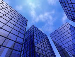 bureau des finances les vitraux de tour de finances de bureau de bâtiments reflète l
