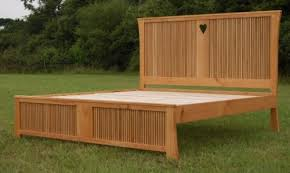 Jim Sharples Furniture specialises in bespoke design using timber from sustainable and local sources. - 2012032213304837f846c78e1a589adc4663ab38b23a6b