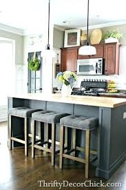 kitchen island chairs with backs kitchen island with chairs flowersarelovely