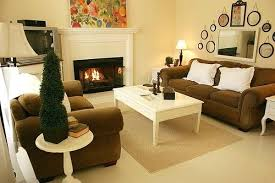 wall decor ideas for small living room small living decorating ideas small living room that looks larger