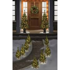 Hard Plastic Christmas Decorations Outdoors Best 25 Christmas Pathway Lights Ideas On Pinterest Outdoor