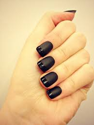 sybella nails black matte manicure nails