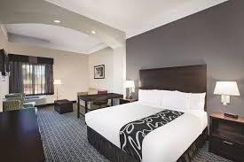 Comfort Suites Beaumont Beaumont Hotel Coupons For Beaumont Texas Freehotelcoupons Com