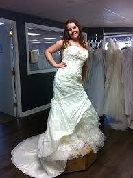 size 10 14 bees pls post your dress weddingbee