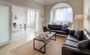 four bedroom apartment on the rambla catalunya akommo