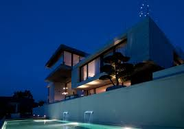 genuine concrete block house by simmengroup 4