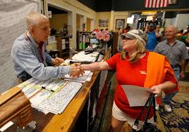 gallery furniture black friday houston furniture store owner mattress mack loses 10 million on