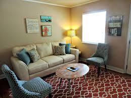 Wohnzimmer Mit Vielen Fenstern Einrichten Wohnung Einrichten Ohne Neue Möbel Und Absolut Kostenlos