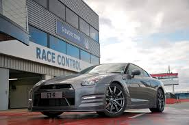 nissan gtr quarter mile stock 2013 nissan gt r r35 10 87 seconds at 1 4 mile with 201 km h