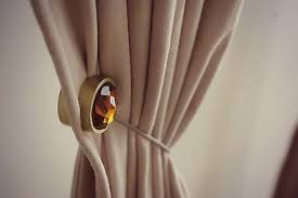How To Use Curtain Tie Backs What Are Magnetic Curtain Clips And Tiebacks Ebay