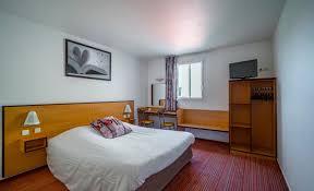 chambre clermont ferrand ace hôtel clermont la pardieu chambres au meilleur prix