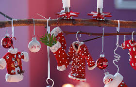 Christmas Decoration For Your House by 10 Creative Christmas Decoration For Your Home Stylewe Blog