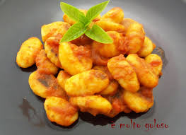 cuisiner gnocchi cuisiner des gnocchi idées d images à la maison