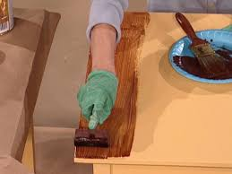 Paint Wood Furniture by How To Paint A Faux Wood Grain How Tos Diy