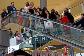 black friday target crowds black friday shopping u2014with thinner crowds wsj