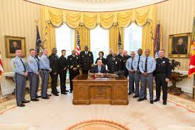 White House Furniture Trump Honors First Responders Of I 85 Bridge Collapse At White
