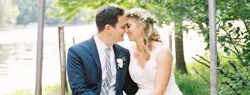 Wedding Photographers Milwaukee Milwaukee Wedding Photographer Laurelyn Savannah Photography