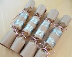 home made christmas crackers wrap gift in tissue paper pop in a