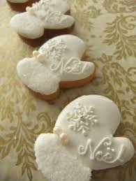 stunning holiday cookies by sweetambs snow sweet sweets