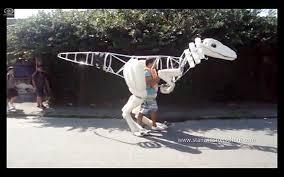 velociraptor costume builds incredibly realistic velociraptor suit designtaxi