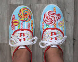 Decorate Shoes 159 Best Diy Shoes Images On Pinterest Painted Shoes Sharpie