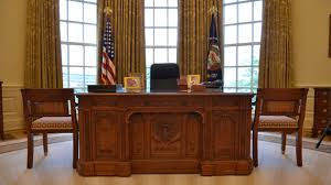 Oval Office Desk Preview Of The George W Bush Presidential Library And Museum