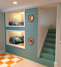 green color stair right for fun bunk beds with cute round window