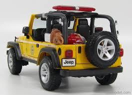 jeep rubicon yellow maisto 36115y scale 1 18 jeep wrangler rubicon open fire engine
