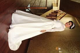 wedding dress brokat style 2122 offwhite brokat c est si bon gaun
