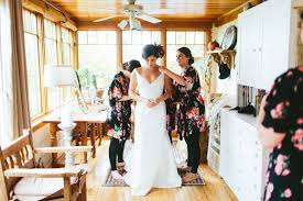 renting wedding dresses should you rent your wedding dress pros cons to help you decide