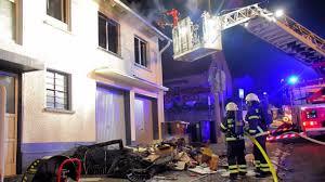 Feuerwehr Bad Kreuznach Wohnungsbrand In Winzenheim Bad Kreuznach Youtube