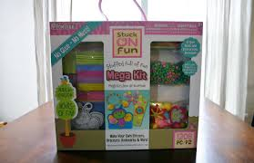 pomtree no glue no mess kids craft kits review u0026 giveaway emily