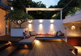 i love this simple outdoor seating area this looks like it would