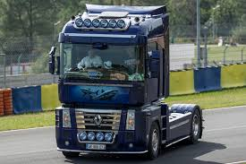 renault truck magnum custom trucks pictures high resolution custom truck photo galleries