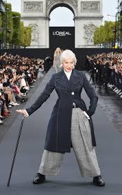Fashion Stuff Helen Mirren And Jane Fonda Strut Their Stuff At Paris Fashion