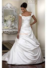 robe de mari e classique robe de mariée classique princesse satin applique bretelles
