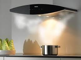 hotte cuisine pas chere cuisine une hotte design par creainside