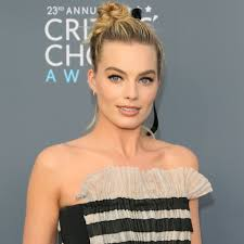 pictures of miss robbie many hairstyles margot robbie s hair at the critics choice awards 2018 popsugar