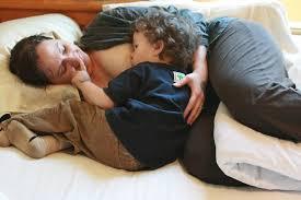 Stop Comfort Nursing Side Lying Nursing A Breastfeeding Tutorial Natural Parents Network