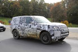 first land rover 2017 land rover discovery 5 shows up for its first spy shots ever