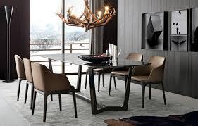 table et chaises salle manger salle à manger moderne et sombre 50 idées élégantes à emprunter