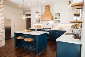 Navy Blue Kitchen Decor by 1905 Craftsman Fixer Upper For Two Fearless Newlyweds Hgtv U0027s