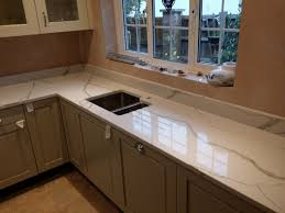 Dark Kitchen Cabinets With Light Granite Granite Countertop Light Wood Floors With Dark Kitchen Cabinets