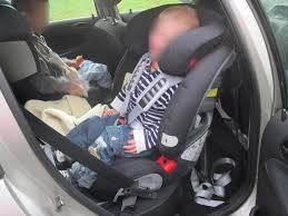 isofix siege avant le dos à la route le rear facing la sécurité auto vaut aussi