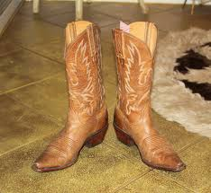 gorgeous vintage charlie i horse by lucchese camel colored cowboy